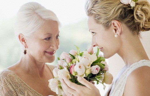 o-MOTHER-AT-WEDDING-facebook-523×338.jpg
